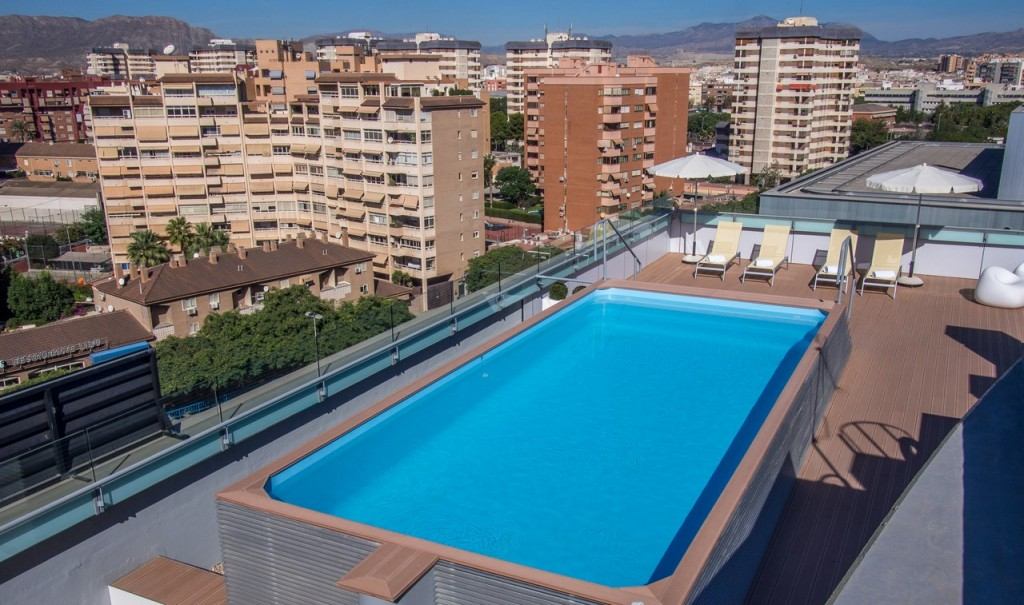 Construcci n de piscina en cubierta en alicante sg inmuebles - Piscina cubierta alicante ...
