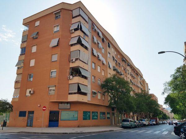 alquiler-local-comercial-pintor-baeza-alicante-102-metros-edificio