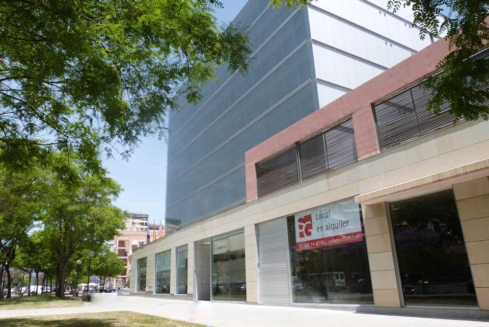 Alquiler de local comercial u oficina en alicante de 339 for Alquiler de oficinas en alicante