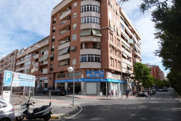 alquiler-plaza-estacionamiento-hospital-alicante-pb1-edificio