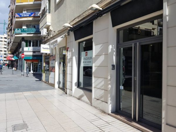 alquiler-local-comercial-centro-alicante-144-metros-calle-transitada