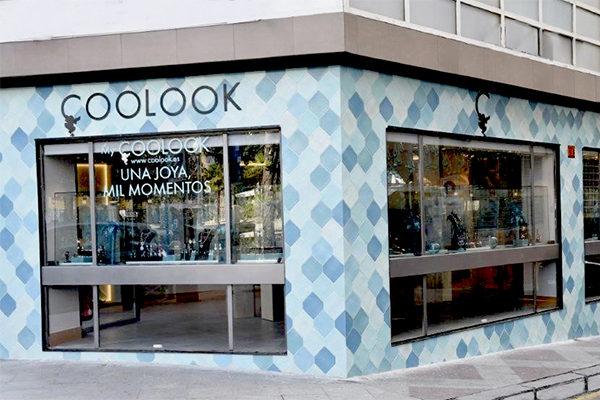 rehabilitacion-local-comercial-coolook-alicante-plaza-calvo-sotelo-fachada600x400