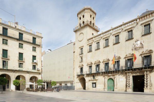 rehabilitacion-hotel-alicante-plaza-ayuntamiento-fachada